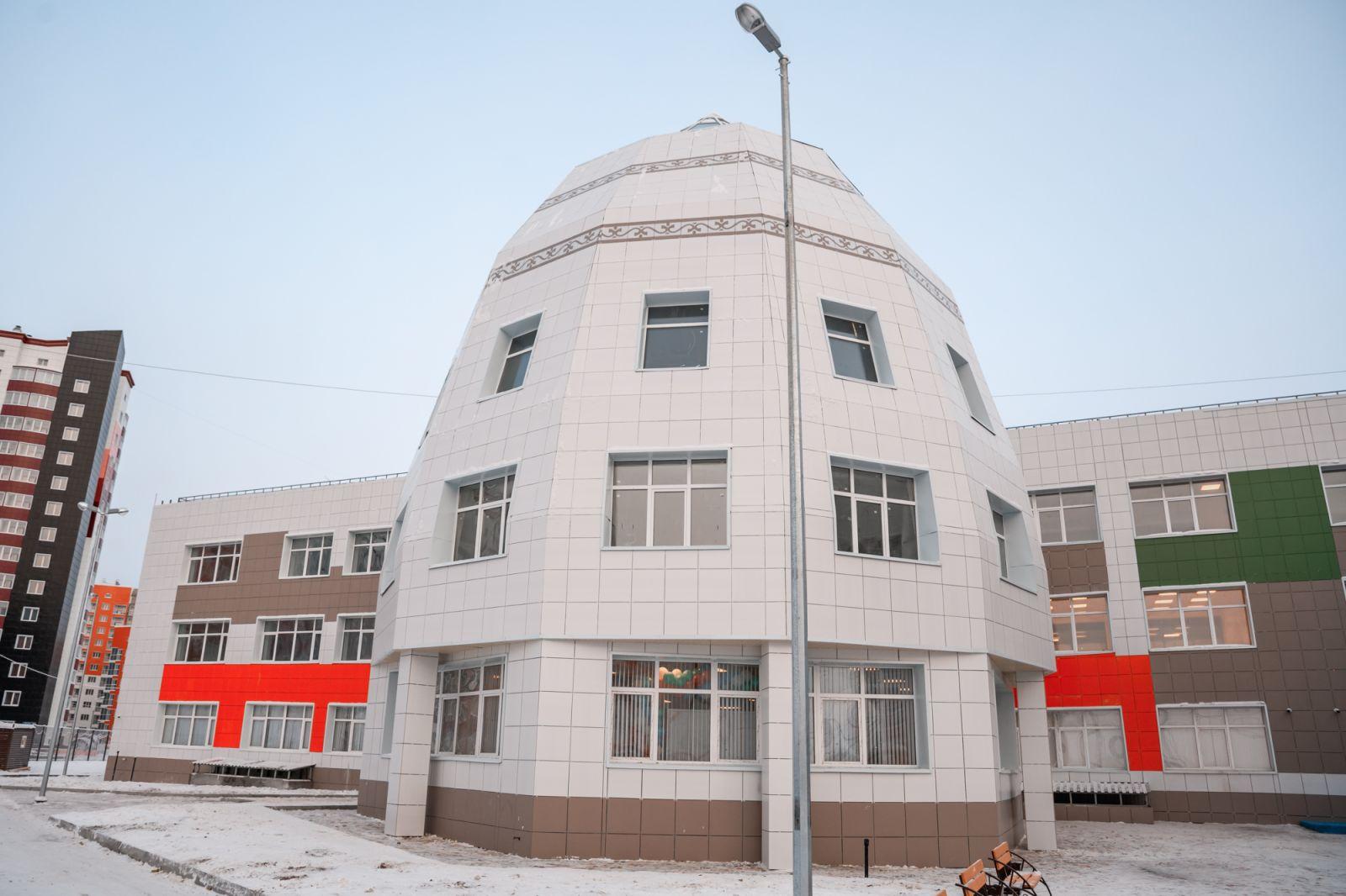 Приём учеников в школу «Айыы КыҺата» – на контроле правительства Якутии