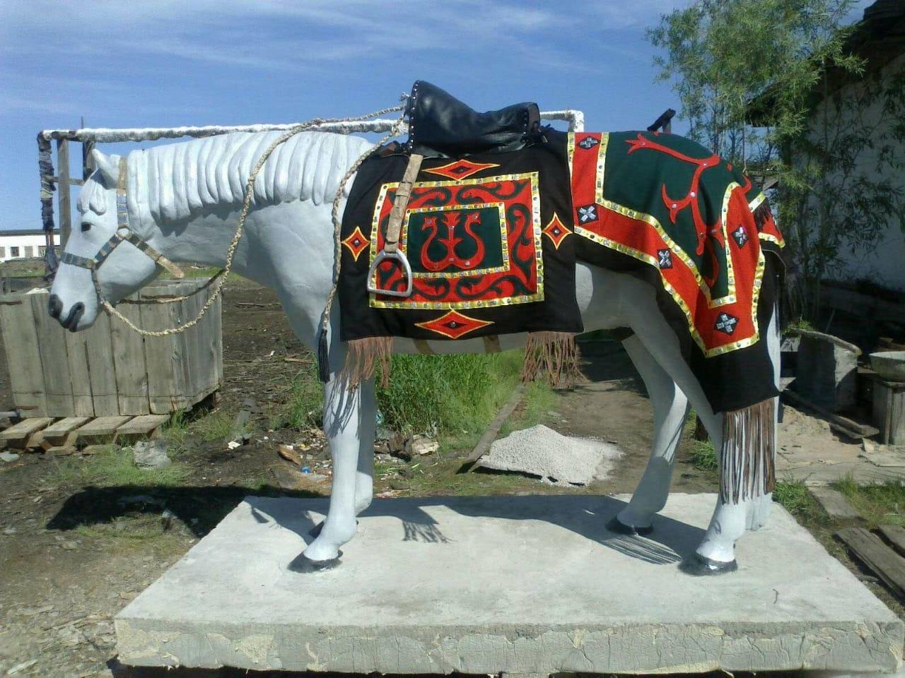 """""""Подругу"""" табагинской лошади изготовили осужденные колонии"""