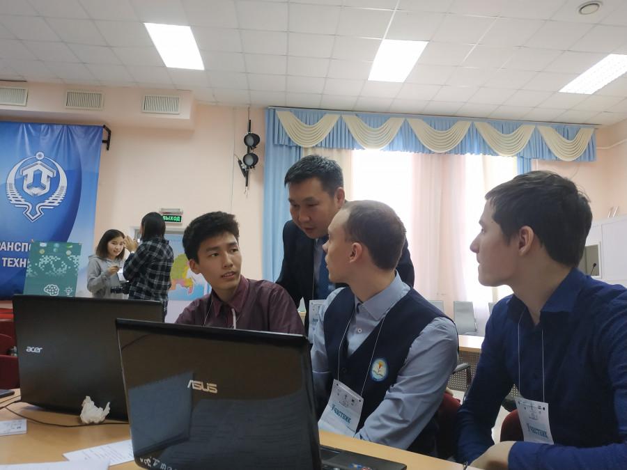 Команда школы №2 Нижнего Бестяха вышла в финал конкурса «Моя профессия - IТ»