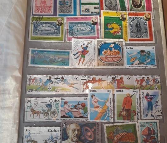 Житель Якутии продает большую коллекцию марок по цене автомобиля