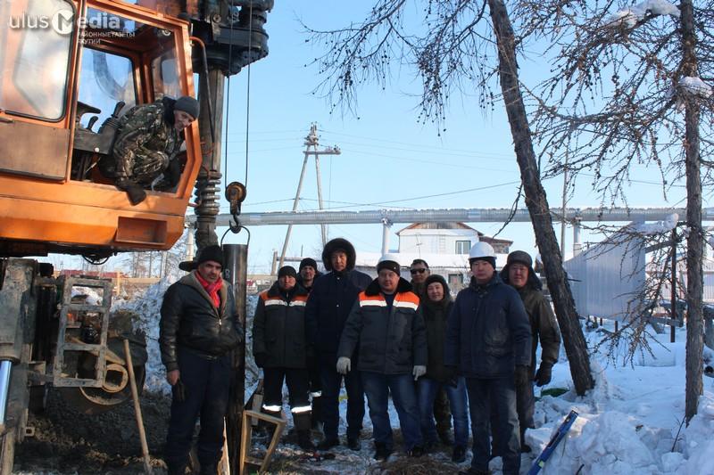 В Среднеколымске забили сваю первого каменного многоквартирного дома для детей-сирот
