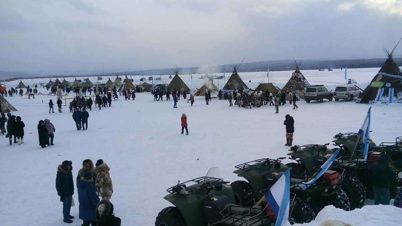 Юрий Трутнев и Айсен Николаев приняли участие в традиционном празднике северян в Оленёкском районе
