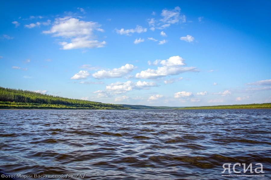 В Усть-Моме уровень воды на реке Индигирке превысит опасную отметку