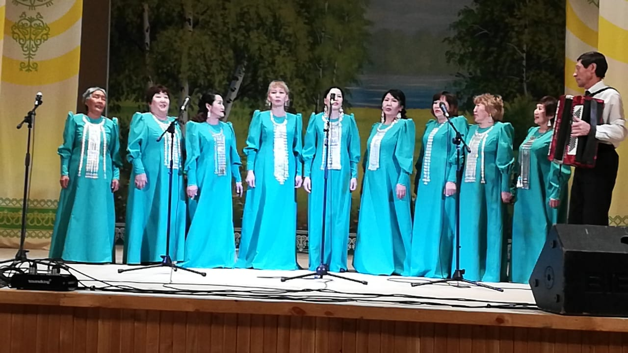Хангаласский ансамбль «Хатынчаан» отметил 25-летний юбилей