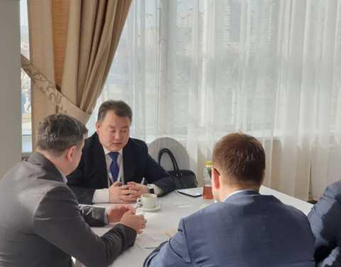 Алексей Стручков провел переговоры на полях Красноярского экономического форума
