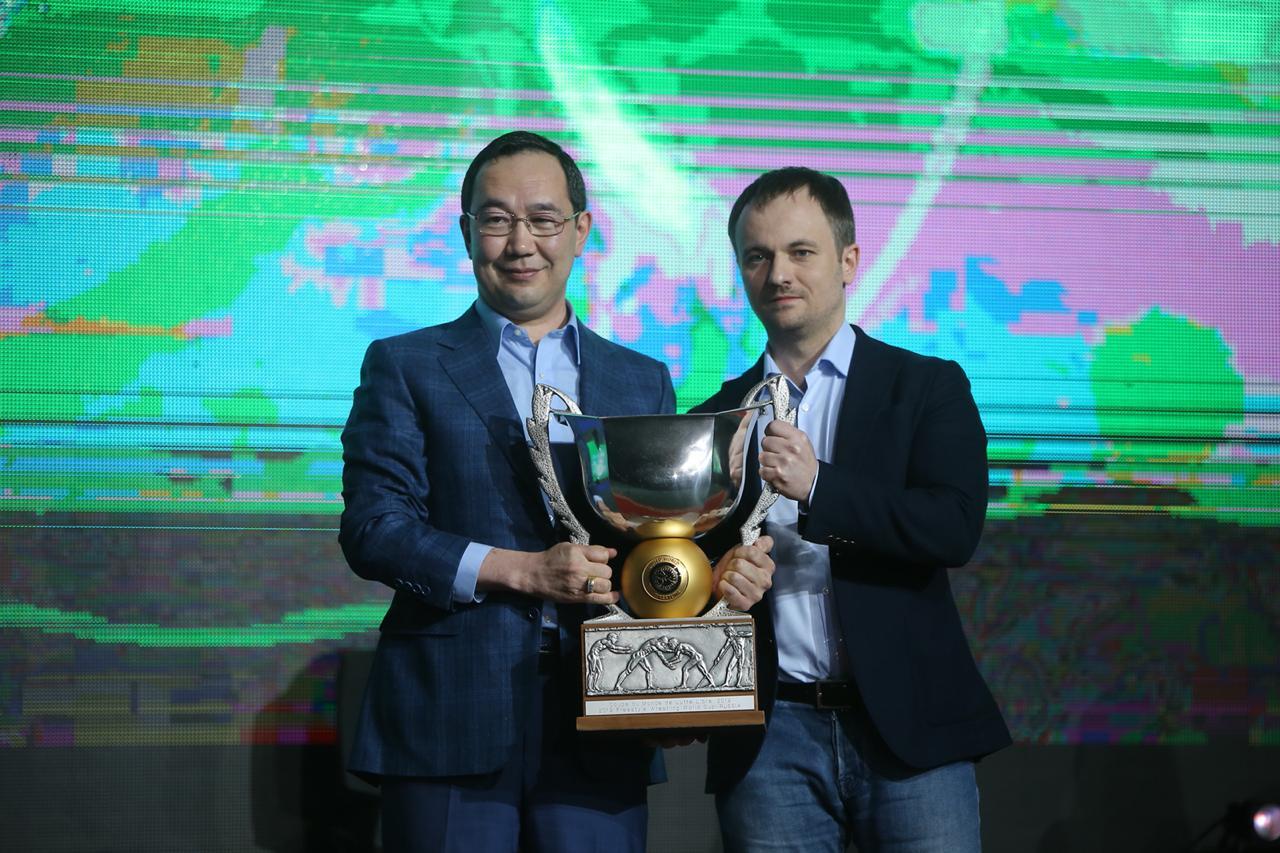 Кубок мира по вольной борьбе передан Якутии