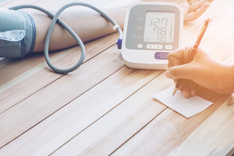 Кардиологи сочли опасными лекарства от высокого давления
