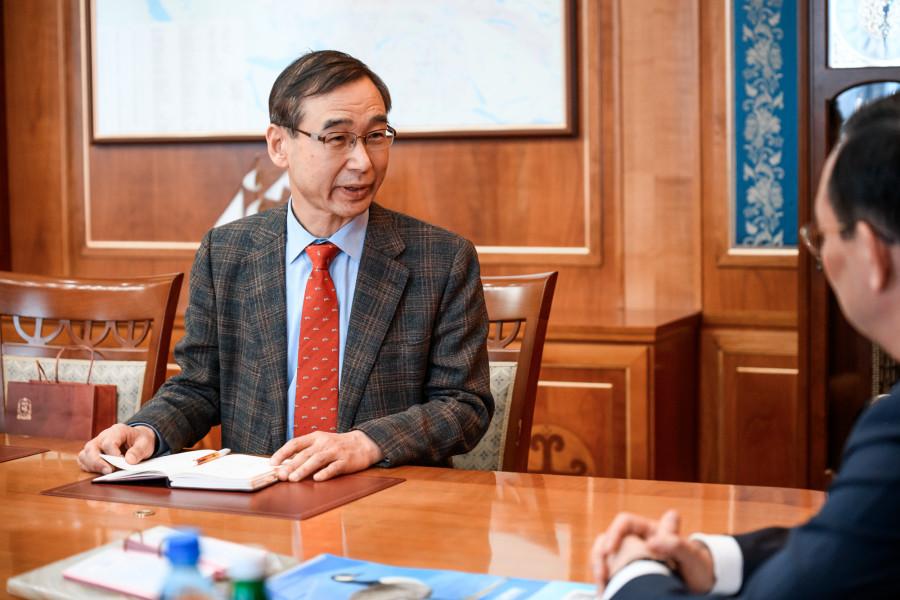 Президент Саха-Корейской ассоциации внес главе Якутии предложения по развитию туризма в республике