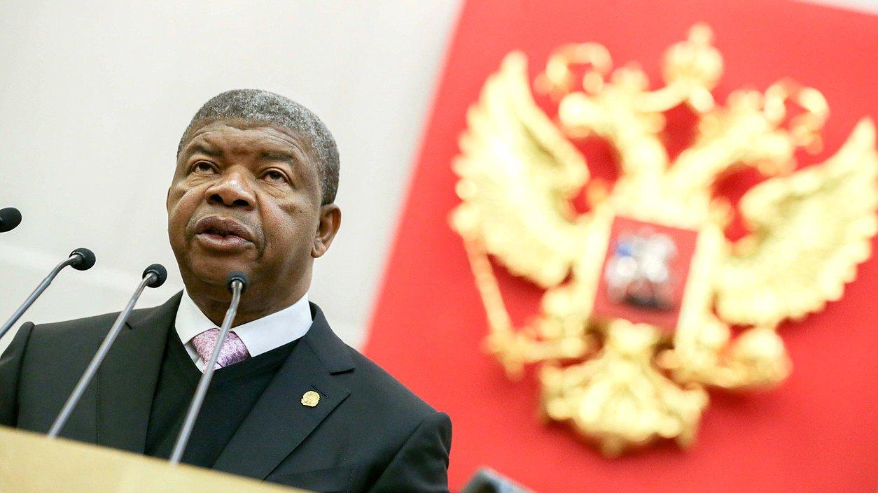 Президент Анголы посетил российско-ангольский бизнес-форум и ЕСО АЛРОСА