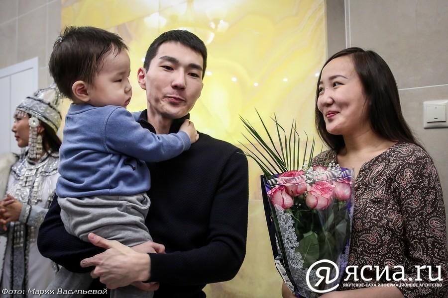 Утверждён порядок предоставления дополнительных мер поддержки семей с детьми в Якутии