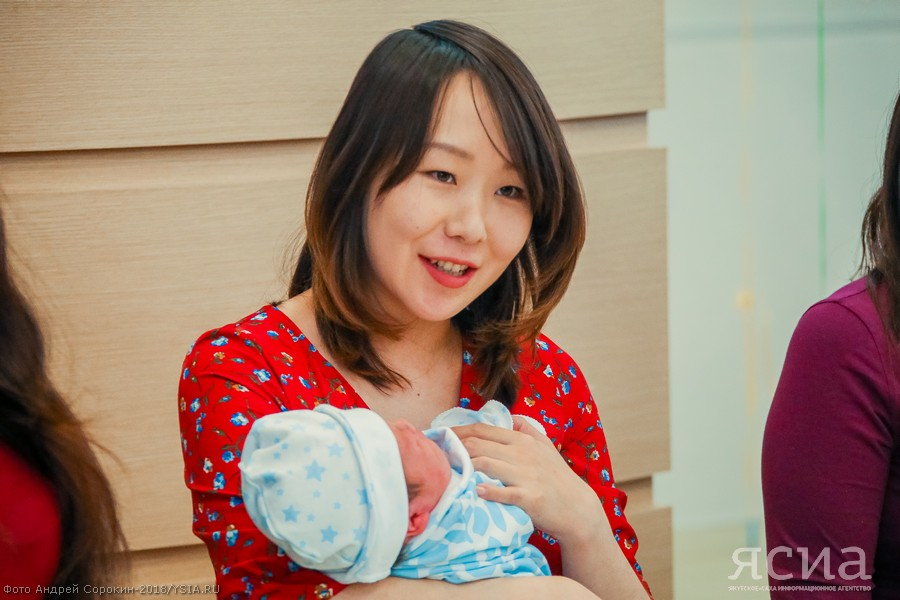 Ежемесячная выплата на новорожденного в многодетной семье составит 16 906 рублей