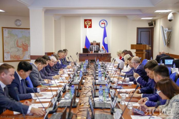 В Якутии с июня прошлого года состав правительства обновился на 75%