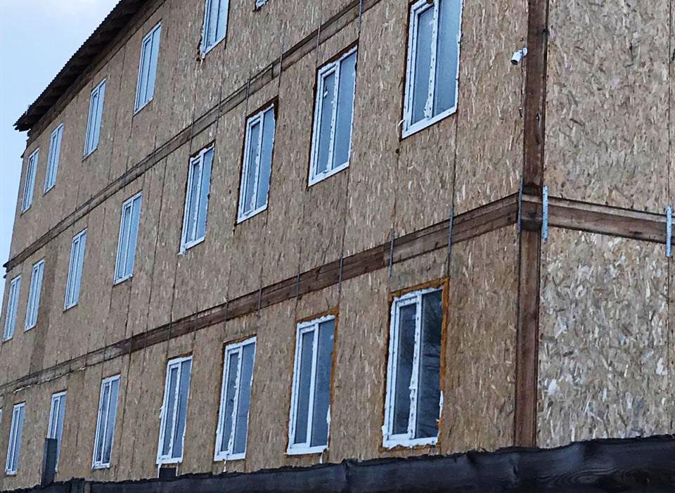 В Алдане проверили жилье для детей-сирот: Плюс три новостройки, минус один проблемный дом