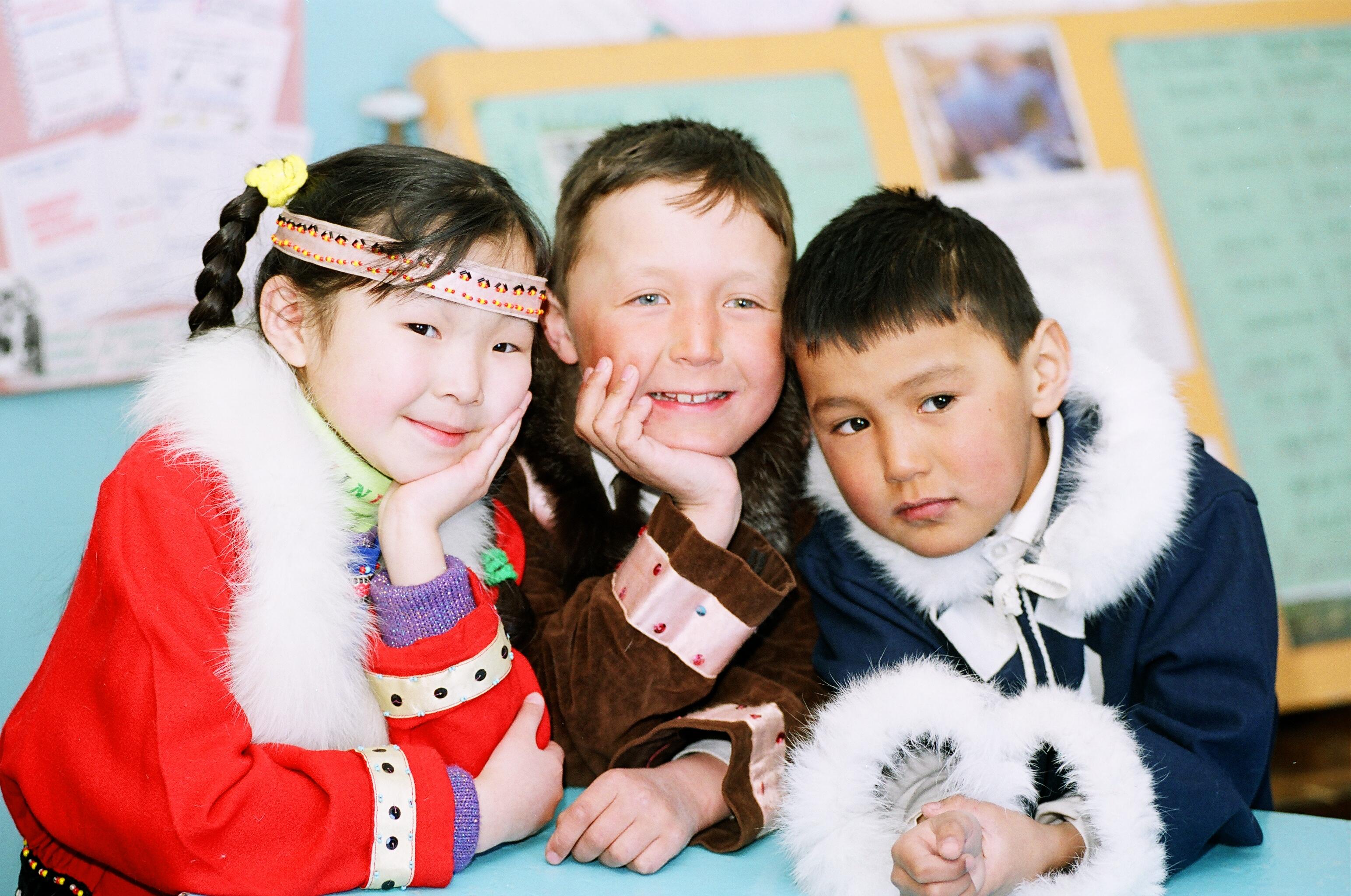 Айсен Николаев представил на Арктическом форуме лучшие проекты Якутии в сфере образования детей