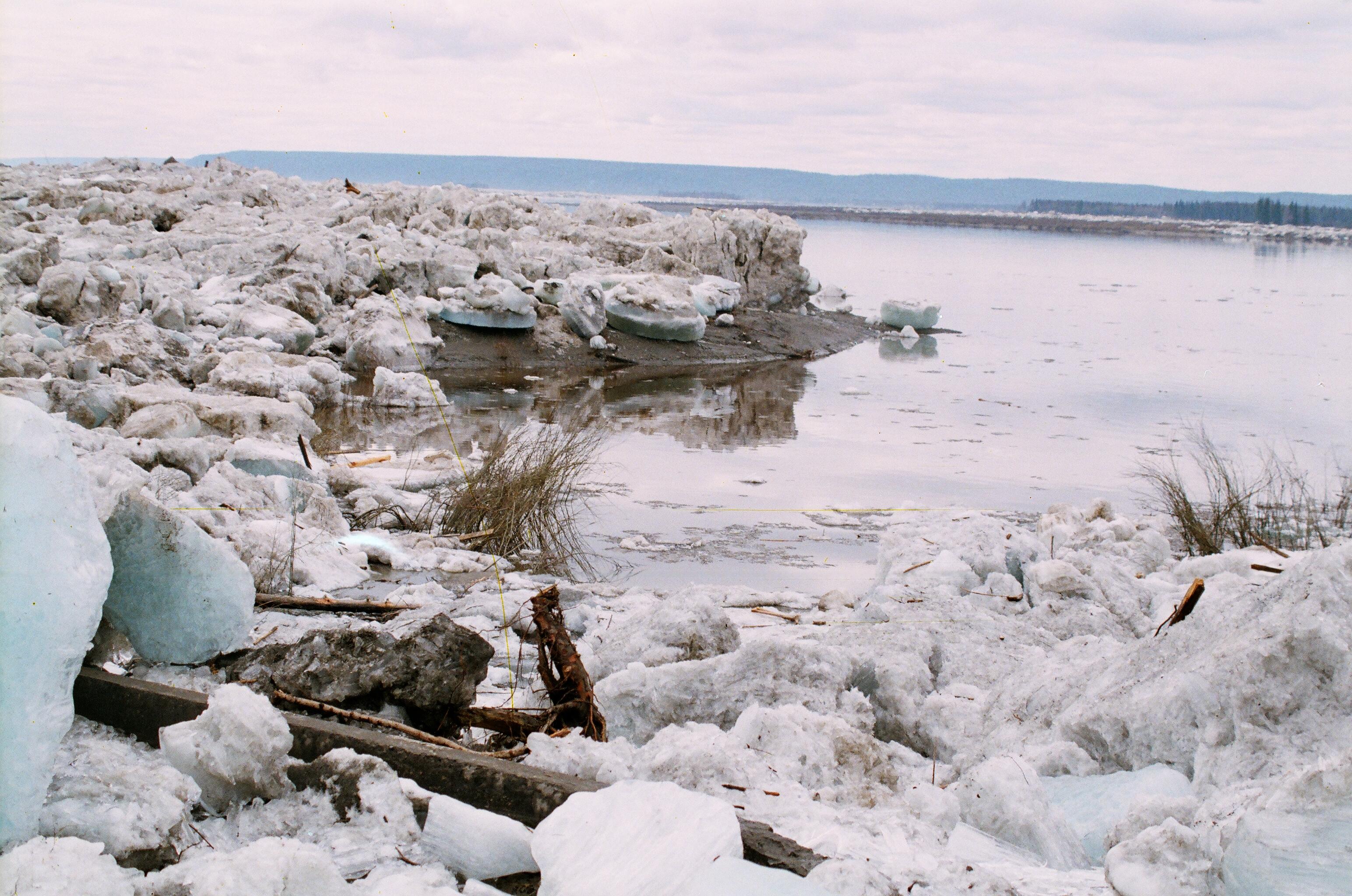 В Зырянке ожидается повышение уровня воды выше критической отметки
