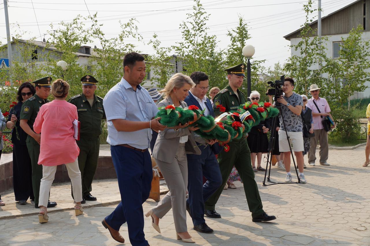 В Якутске почтили память героев, павших в боях на озере Ильмень