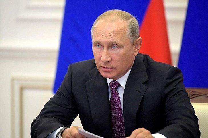 Владимир Путин провел совещание по паводку в Иркутской области