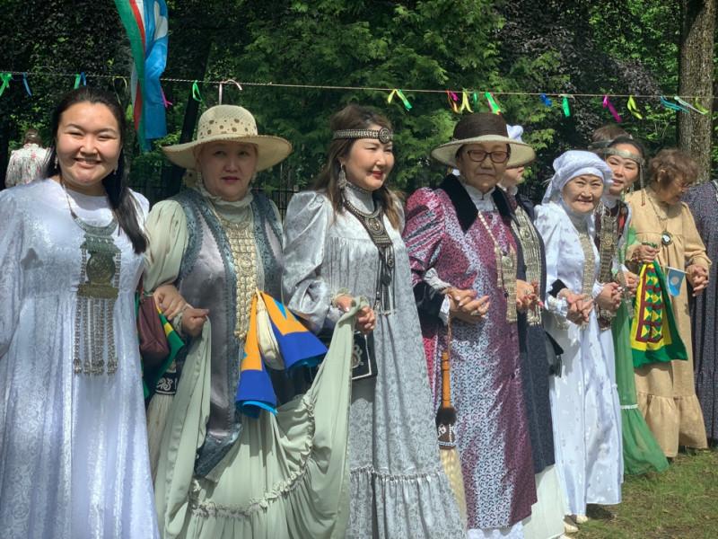 В Европе отметили национальный праздник ысыах