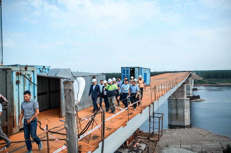 Построены все опоры моста через Марху в Нюрбинском районе