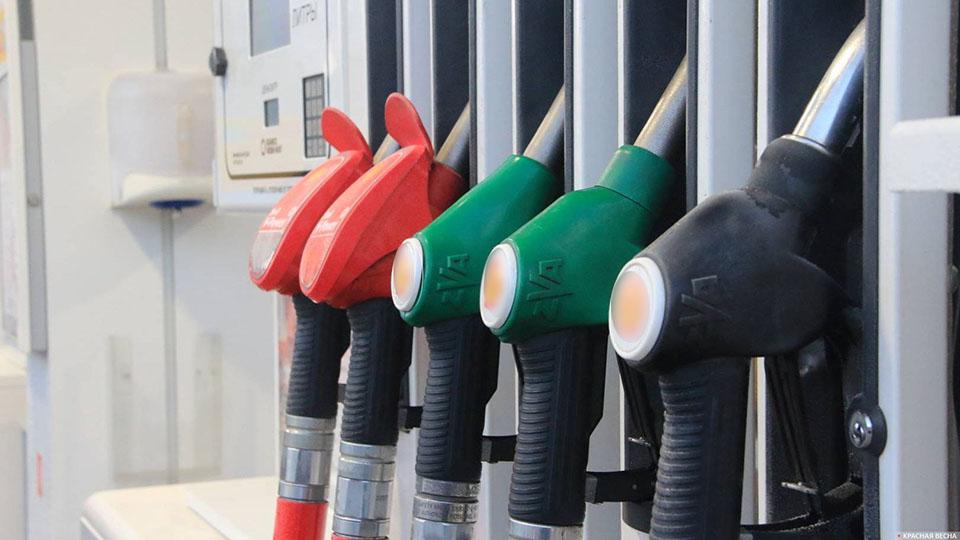 1 июля закончилось соглашение правительства РФ с нефтяниками - как отреагировали АЗС