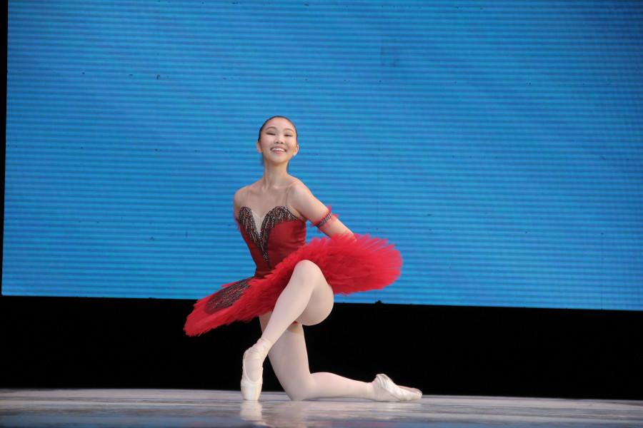 Юная балерина из Якутии прошла обучение у лучшего танцовщика столетия