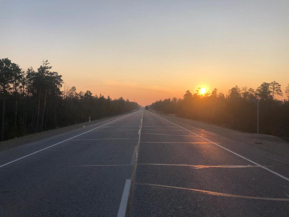 На федеральной дороге «Лена» под колесами большегруза погиб пешеход