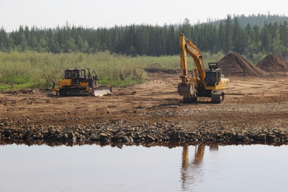 Начато строительство моста через Малую Ботуобую