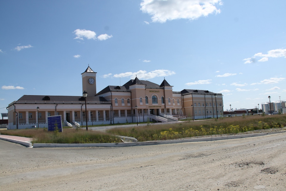 Станция Нижний Бестях открыта для выполнения грузовых и пассажирских операций