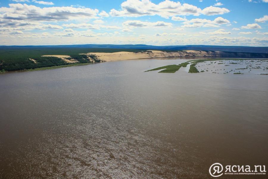 В Хангаласском улусе проверят акваторию реки Лены на предмет загрязнения