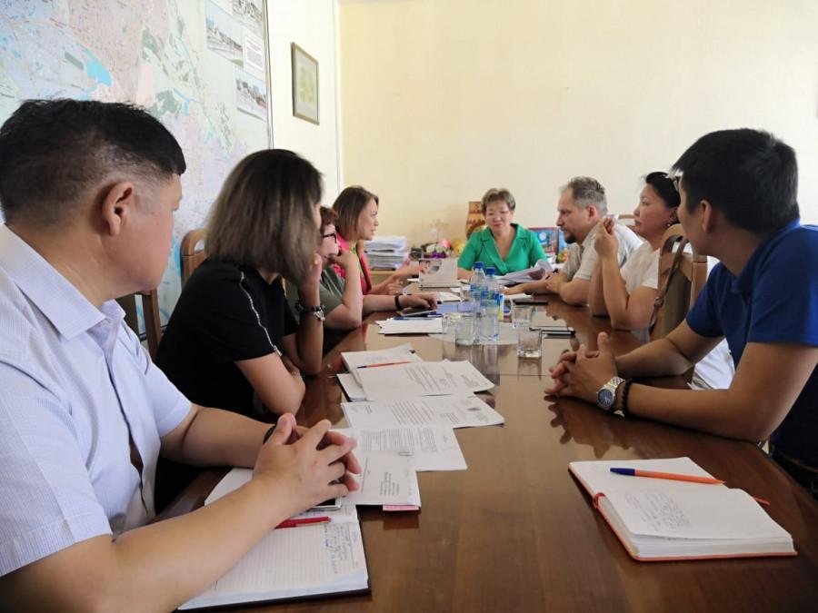 В Якутске предлагают использовать пластиковые карты для оплаты услуг службы сопровождения инвалидов