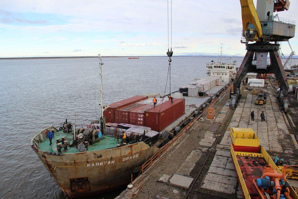 Арктическая навигация: Особое внимание уделяется доставке топливно-энергетических ресурсов
