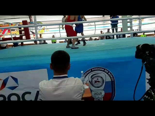 Видео: Полуфинальный бой Валерия Егорова и Андрея Софронеева