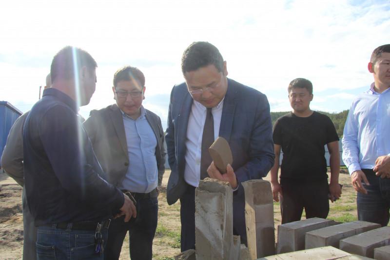 Китайский инвестор снабдит якутский строительный рынок кирпичами из местного сырья