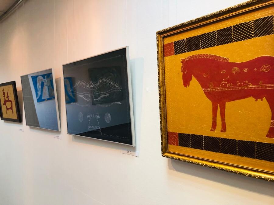От -60 до +40 градусов по Цельсию: В Якутске открылась выставка Ирины Мекумяновой