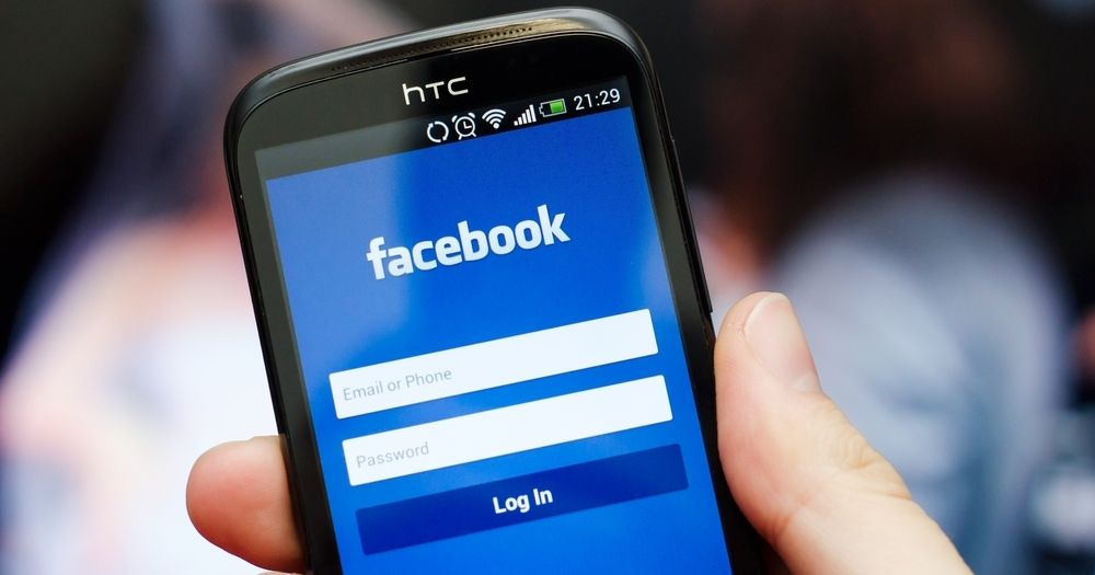 Facebookплатила сотням подрядчиков за расшифровку голосовых сообщений пользователей