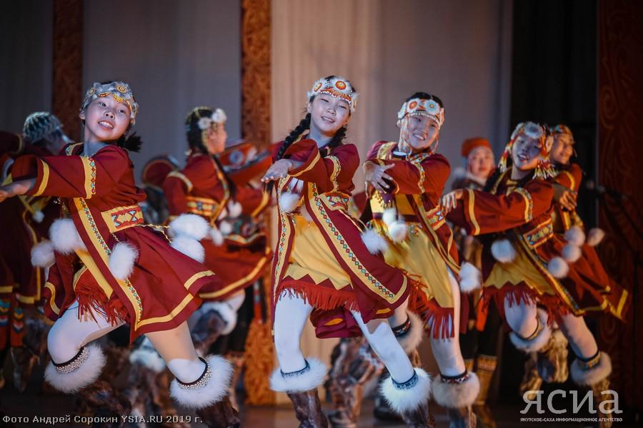 Более 200 участников из районов Якутии и пяти регионов съехались на фестиваль «Аюкта»