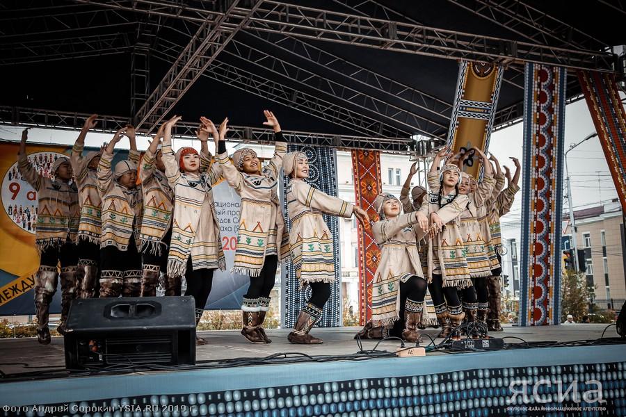 Обладателем гран-при фестиваля «Аюкта» стал ансамбль танца «Долбор»