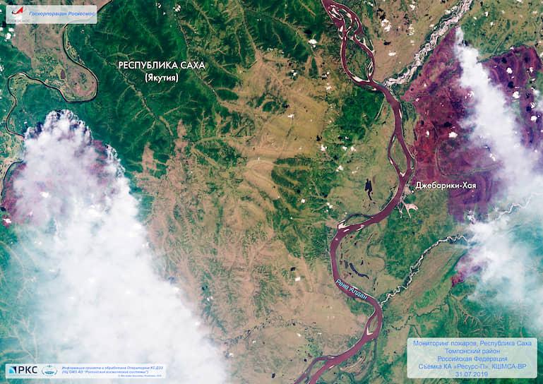 «Роскосмос» опубликовал спутниковые снимки лесных пожаров в Якутии
