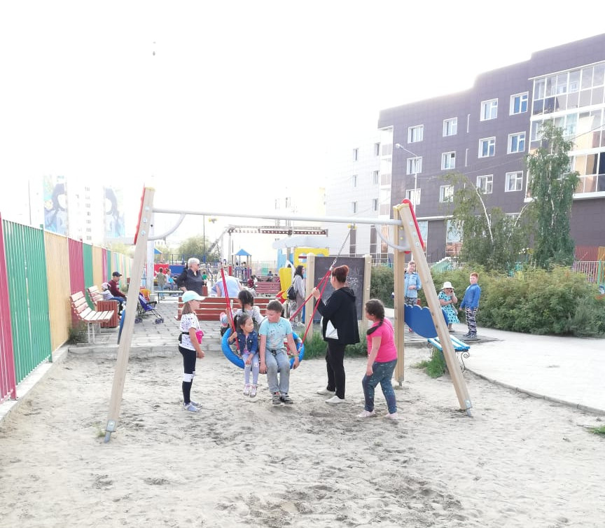 В Якутске отремонтирован игровой парк «Обнаженные сердца»
