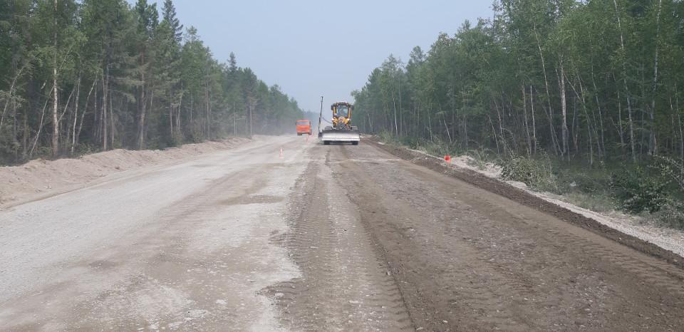 В Якутии завершили работы на четырех объектах региональных автодорог