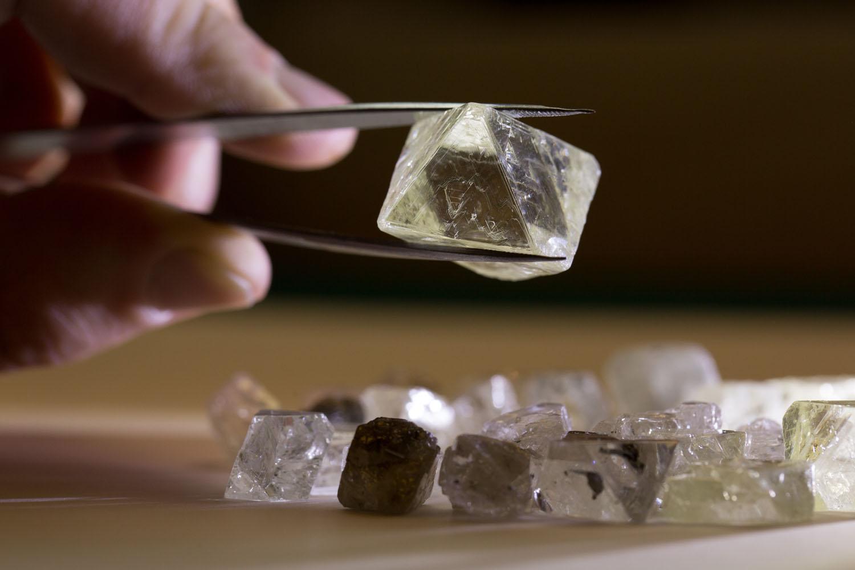 Компания «Алмазы Анабара» добыла за лето более пяти миллионов карат алмазов