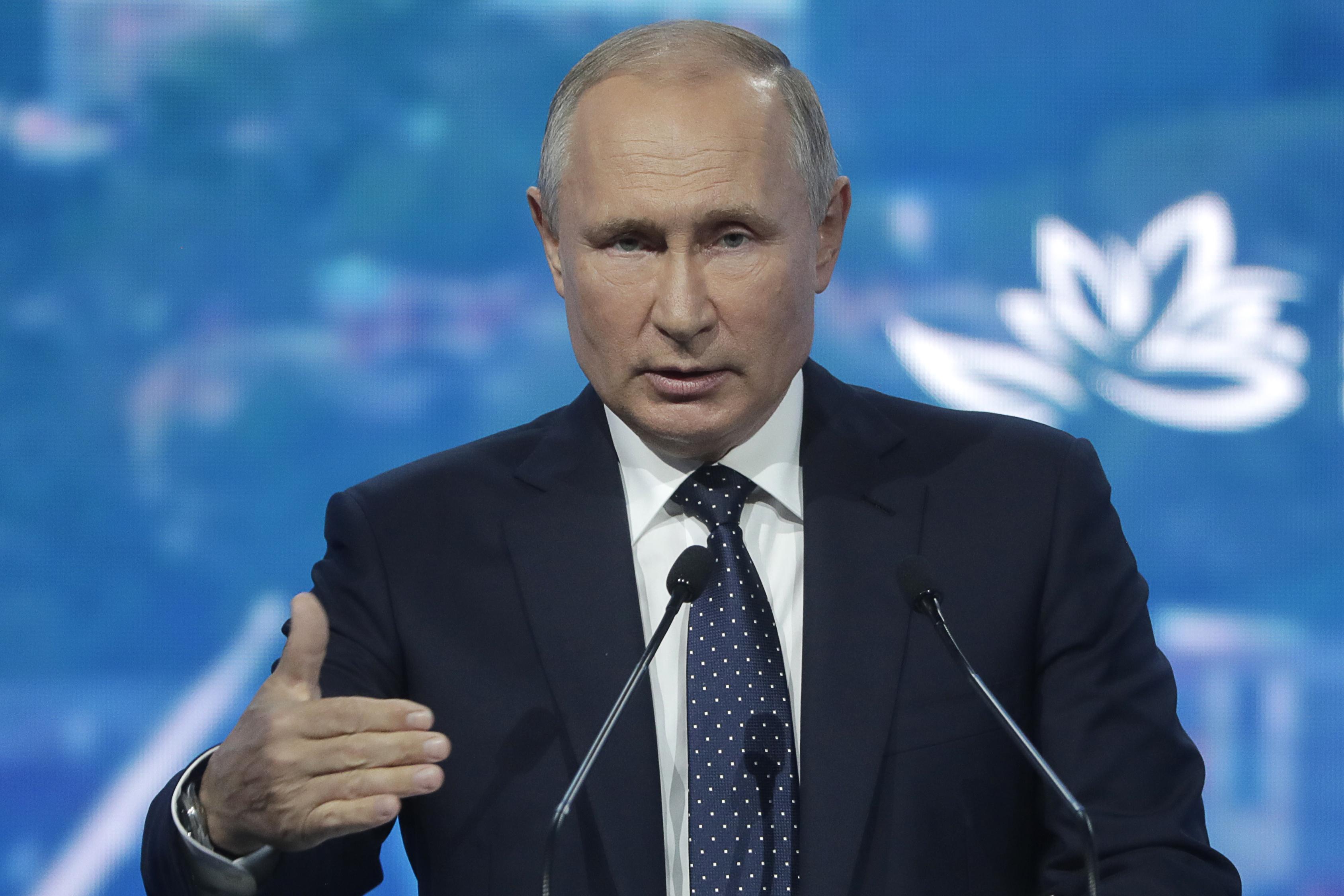 Владимир Путин поддержал идею о запуске ипотеки под 2% годовых для молодых семей в ДФО