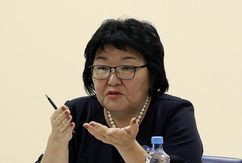 Елена Голомарева: От гражданской позиции каждого зависит работа над основным законом республики