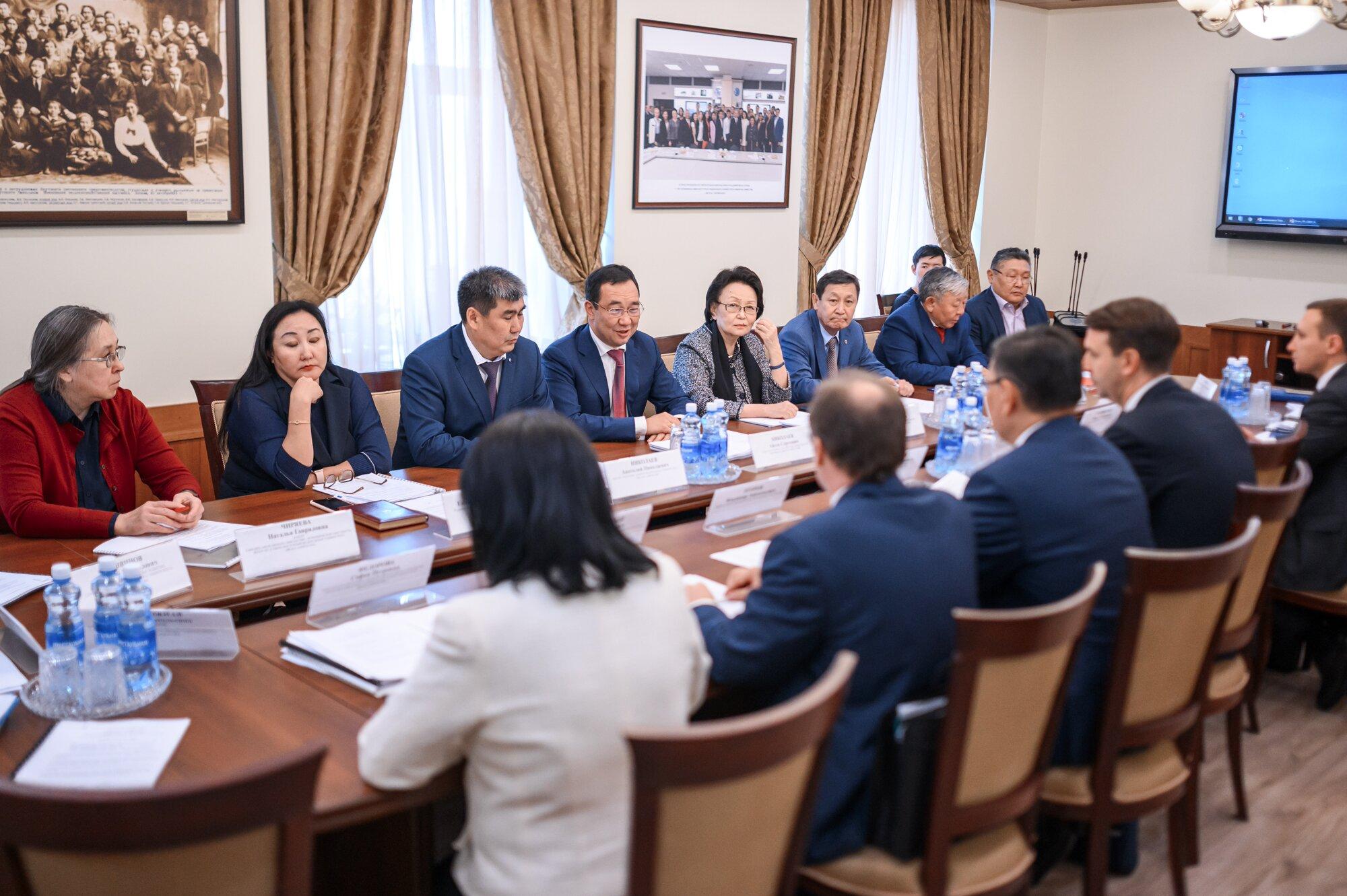Айсен Николаев: Научно-образовательный центр в Якутске должен выйти на мировой уровень