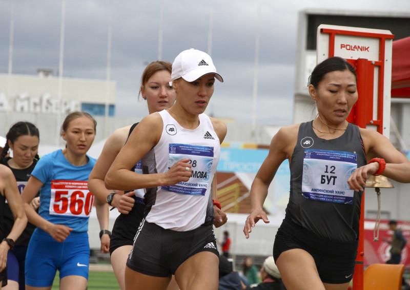 В субботу утром в эфире ТВ. Сардана Трофимова совершит марафонский забег в Дохе