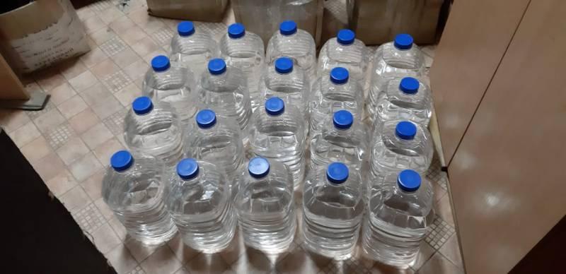 В Якутии у пенсионера изъяли 100 литров спирта