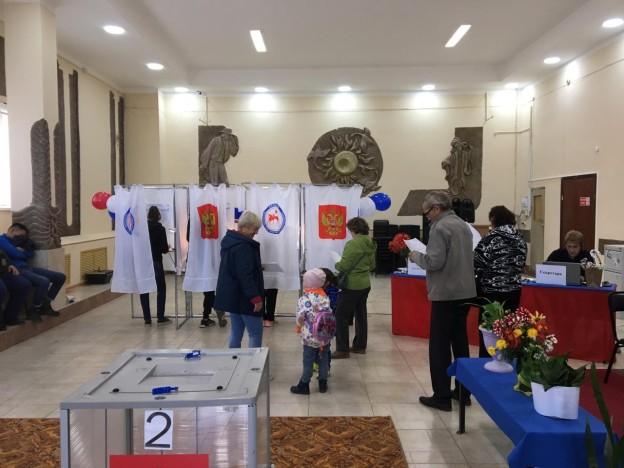 В Жатае к 15 часам 30,99% избирателей определились со своими кандидатами