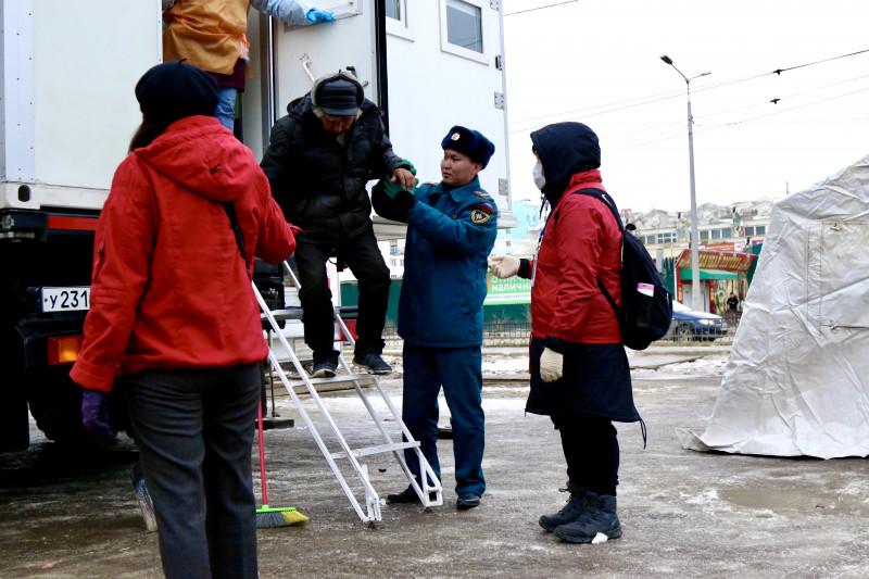 «Путь к дому». Сотрудники МЧС России принялиучастие в социально-благотворительной акции