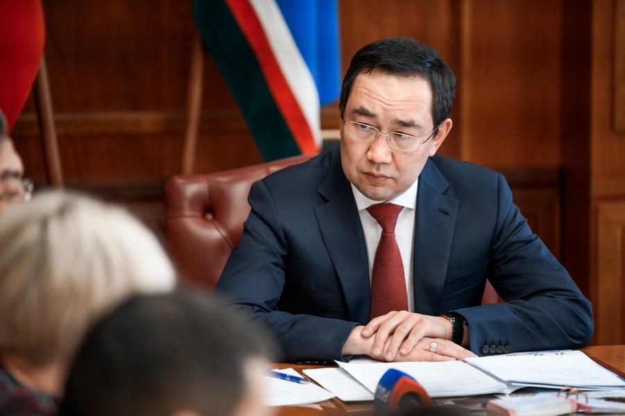 Айсен Николаев: Заработная плата работников бюджетной сферы Якутии увеличится на 4%