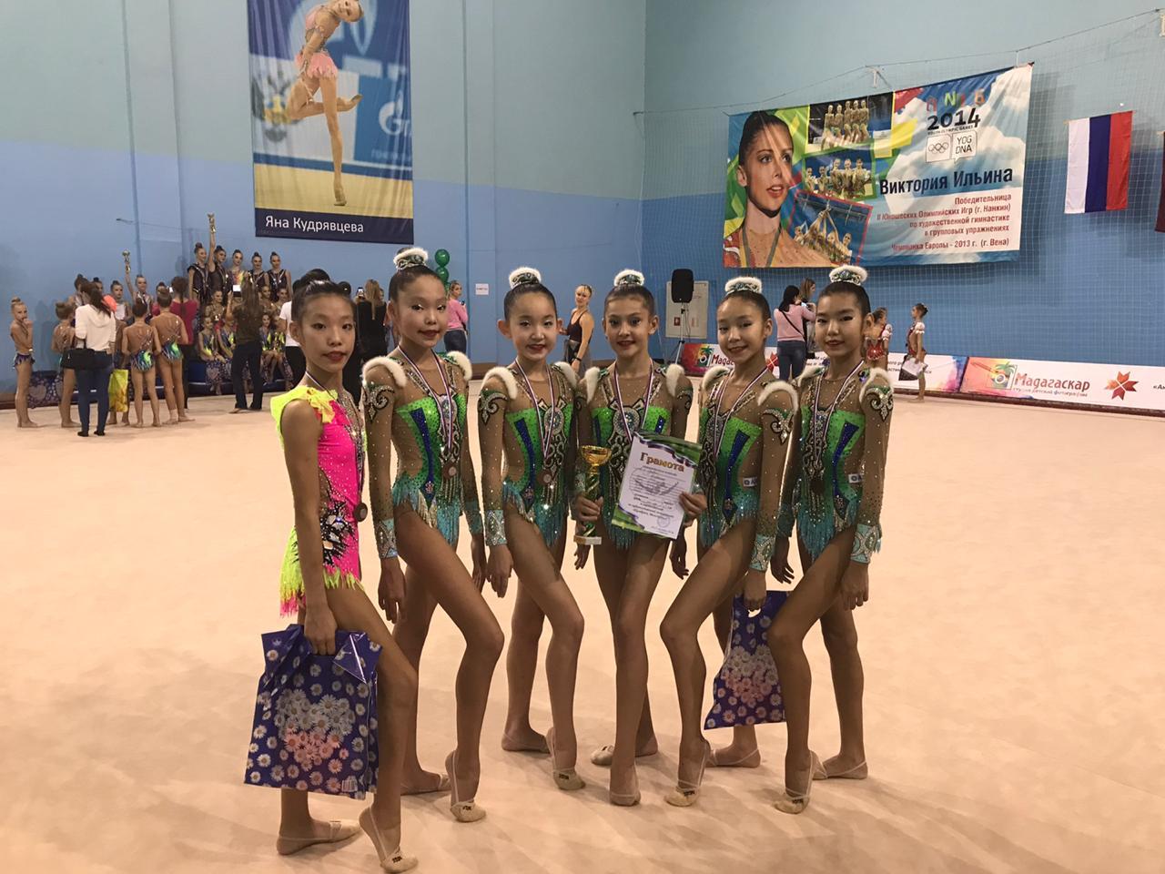 Сборная Якутии по художественной гимнастике завоевала серебро на соревнованиях в Саранске
